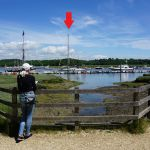 Dulce afgemeerd (pijl) in Buckler's Hard, Beaulieu River.